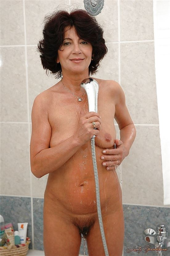 Naked grandmother shower vidios